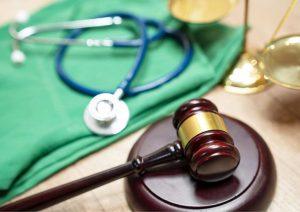 פציעה בעבודה: מה עושים אם מתרחשת רשלנות רפואית?